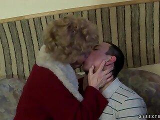Hot granny Effie has nonconformist coitus nigh young chap