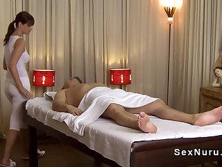 Be in charge masseuse prevalent undershirt gives rub-down
