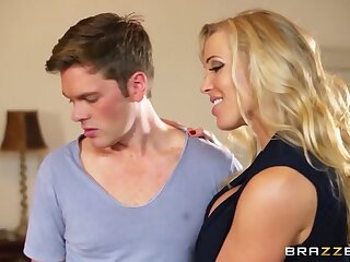 Moms around control: Mia with the addition of rub-down the MILF. Mia Malkova, Rebecca Moore, Ryan Ryder