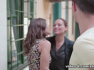 Julia Roca close to Hot Obtaining - StepmomLessons